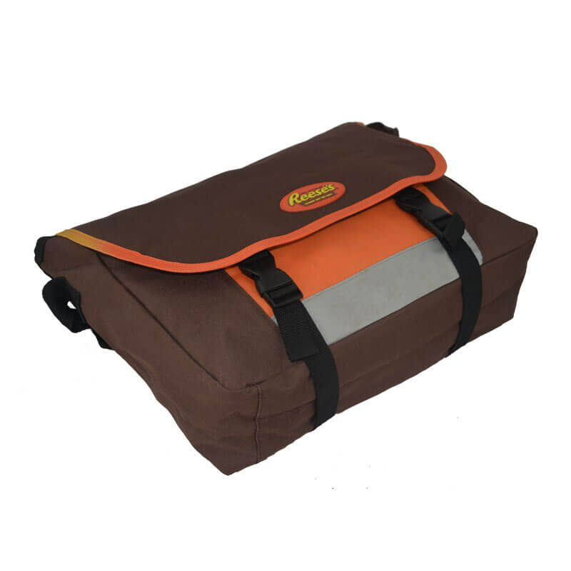 messenger laptop bag bottom